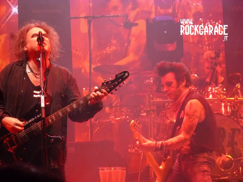 Rockgarage the cure the twilight sad mediolanum forum mi for Aggiungendo una seconda storia ad un garage distaccato