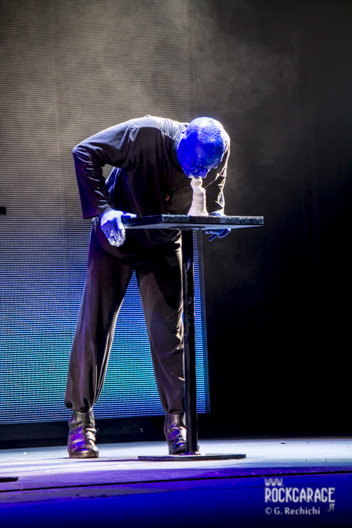 09_Blue man group